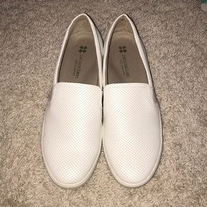 Women's Naturalizer Slip-on Shoes NEVER BEEN WORN